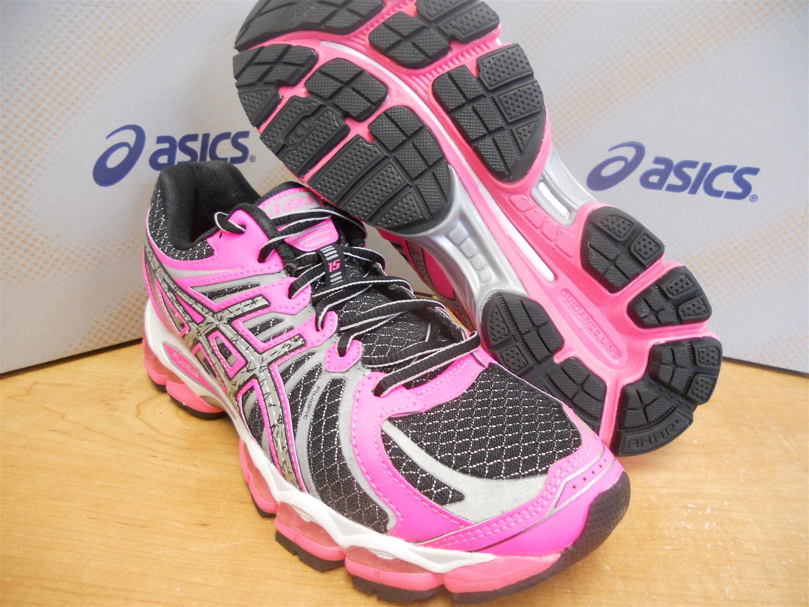 asics gel nimbus 15 lite-show womens running shoes reviews